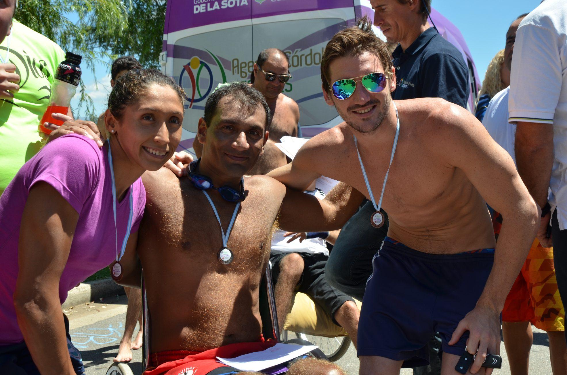 Santiago Gutiérrez volvió a cruzar el Lago San Roque