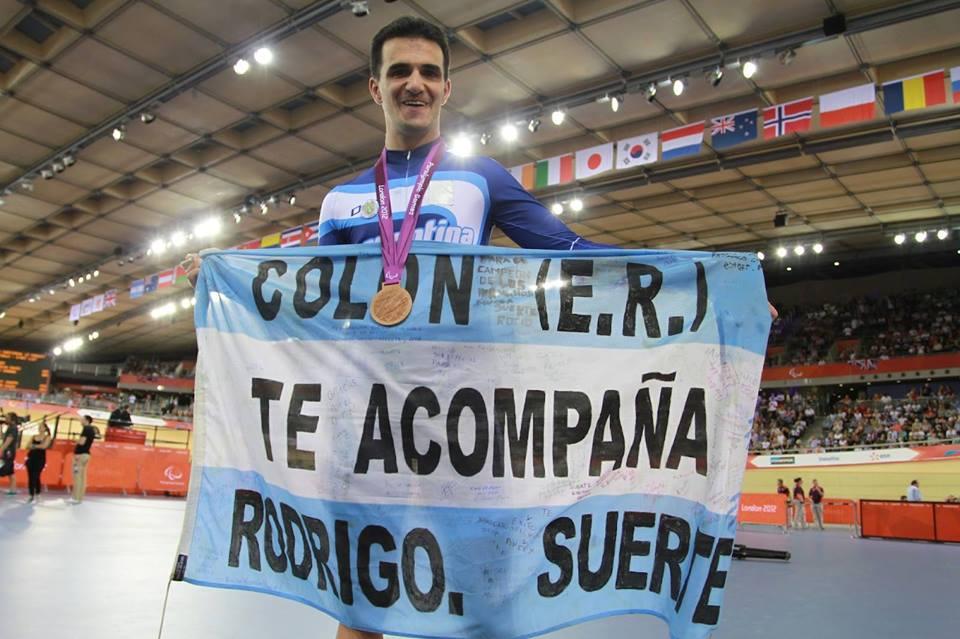 Ciclismo adaptado: López celebró su homenaje con una victoria