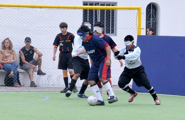 Fútbol para ciegos: Deldo brilló y ACHADEC se clasificó