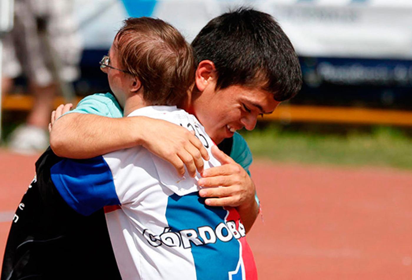 Atletismo: Buenos Aires y Corrientes dominan el Sub 18 de los Juegos Evita