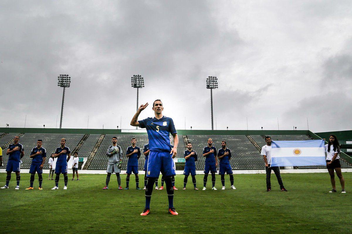 Fútbol para sordos: Los Toros son de oro