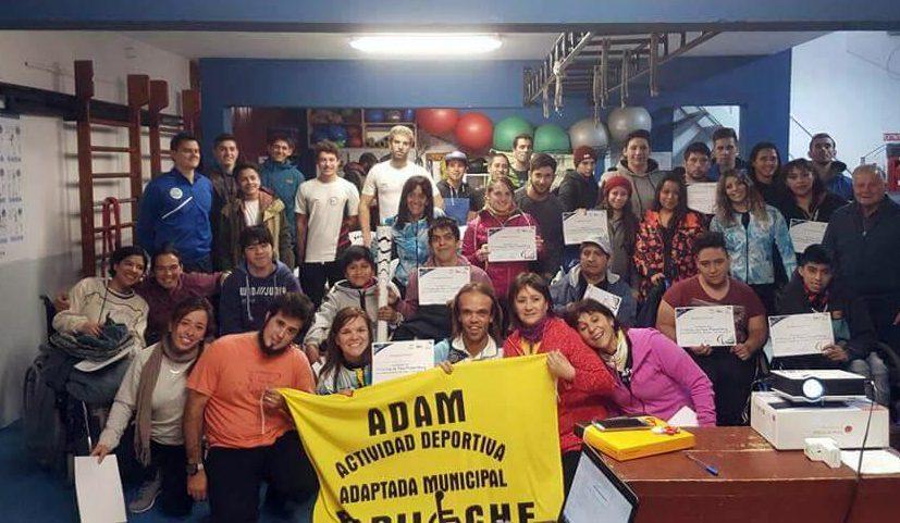 Levantamiento de pesas: se realizó una clínica en Bariloche