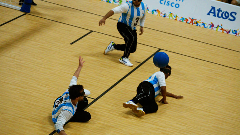 Goalball: la Selección Argentina se probó contra los poderosos de Brasil