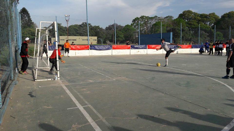 Fútbol 5 para ciegos: UNT y Popeye, al octogonal final
