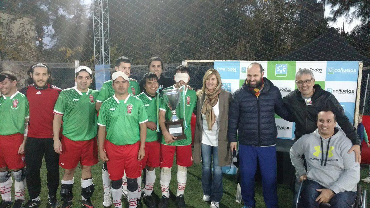 Fútbol para ciegos: Huracán ganó sus dos partidos y se quedó con la Copa Ciudad de Cañuelas