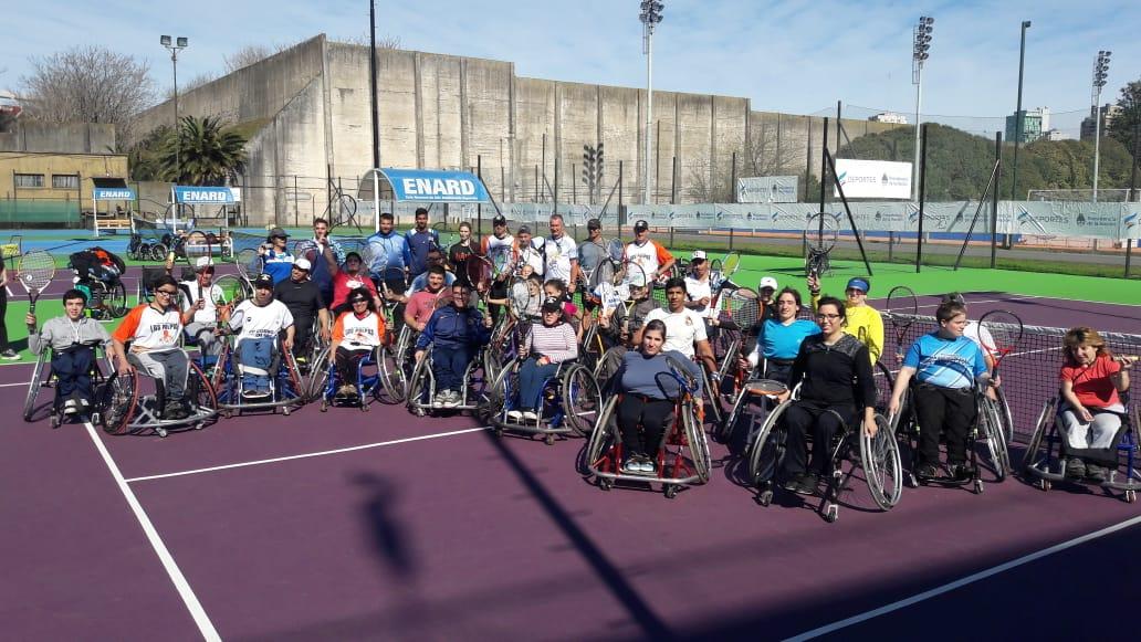 Tenis adaptado: arrancó el encuentro nacional de escuelas en el CENARD