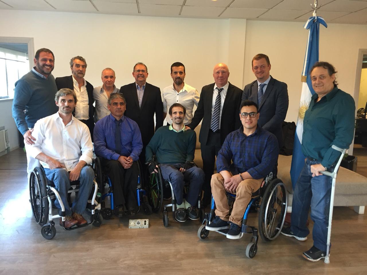El presidente del Comité Paralímpico Internacional visitó el CENARD