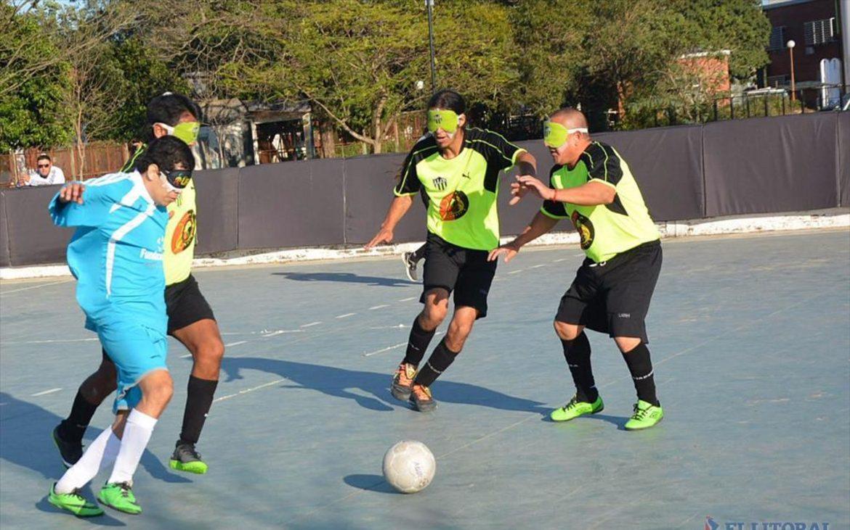 Fútbol para ciegos: Libertad de Chaco y los Linces de Jujuy, finalistas