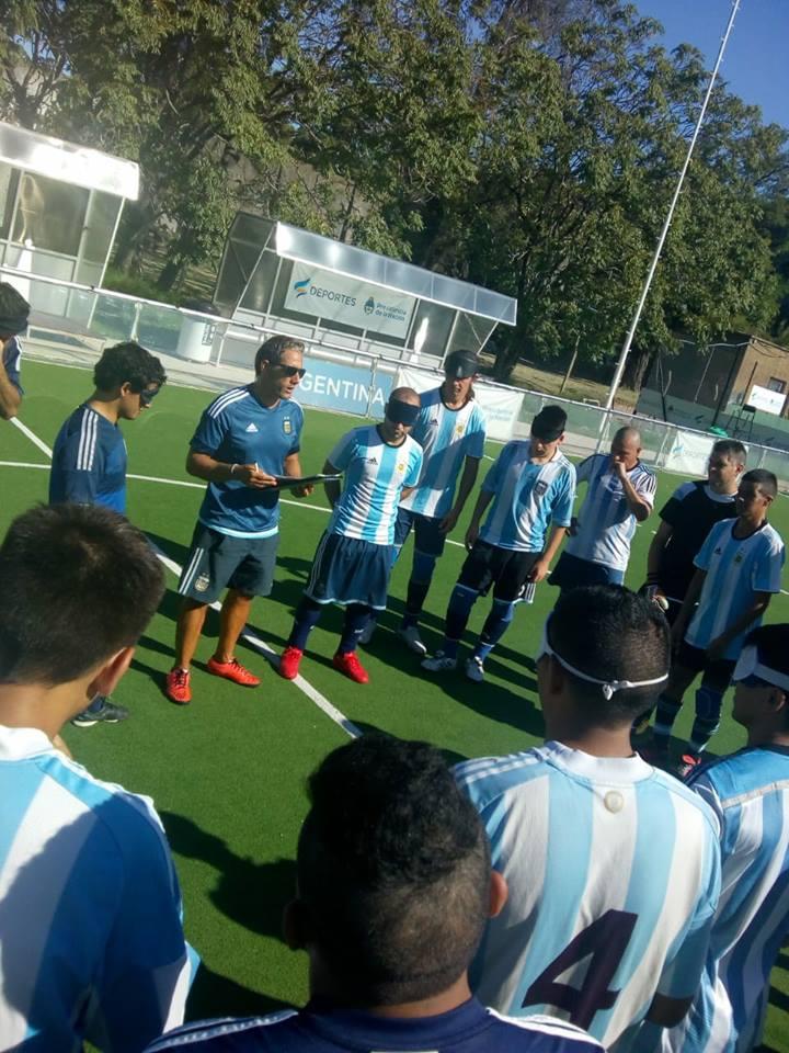 Fútbol para ciegos: Los Murciélagos trabajan en el CENARD