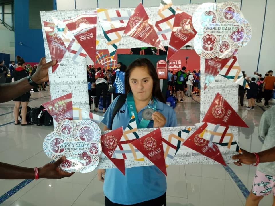 Natación: Catalina Domingo hizo podio en los Juegos Mundiales de Olimpiadas Especiales