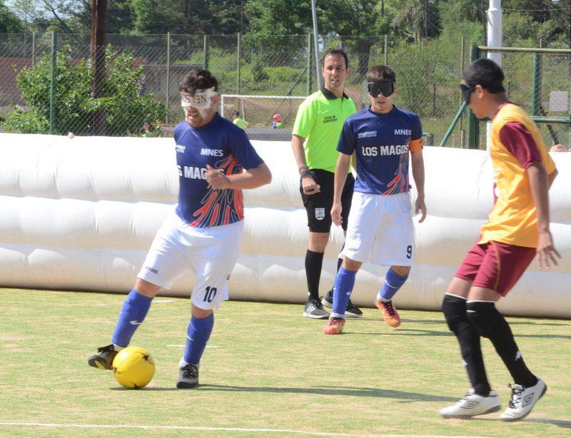 Fútbol para ciegos: Los Búhos y Los Magos, a la semifinal