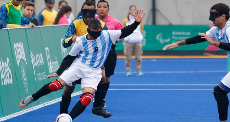 Fútbol 5: Los Murciélagos siempre están en la pelea