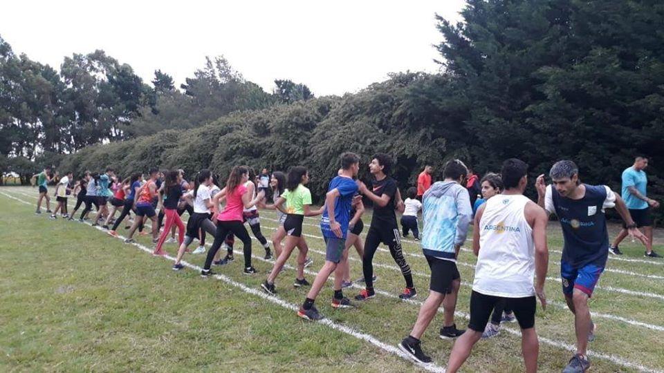 Atletismo: la selección de FADEPAC se entrena en Lobería