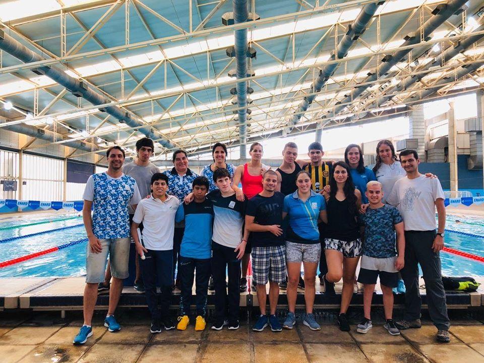 Natación: Los Delfines tuvieron su primera concentración