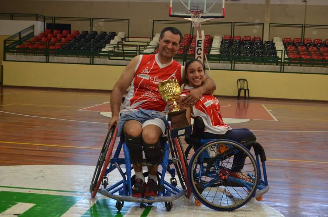 """Mariana Pérez: """"Empecé a jugar al básquet de casualidad y hoy no puedo dejarlo"""""""