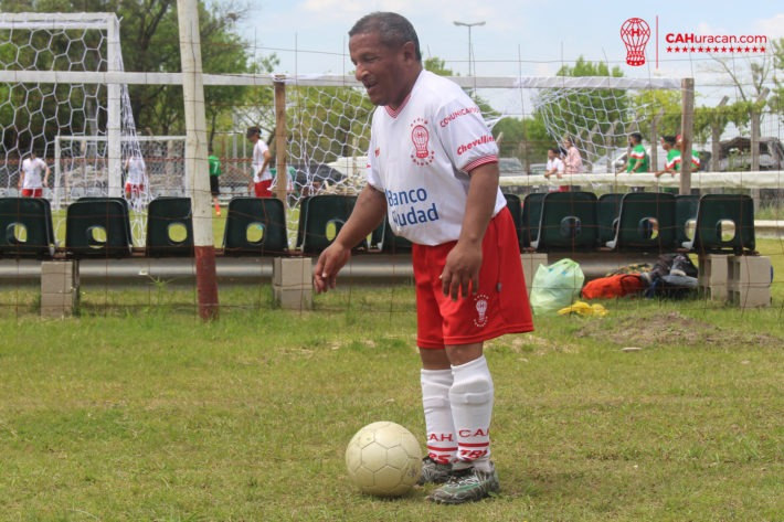 """Fútbol para ciegos: murió el """"Laucha"""" Marcelo de Santiago, un símbolo de Huracán"""