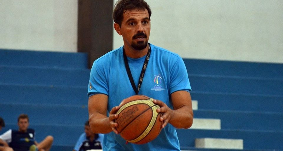 """Mauro Varela en Paradeportes Radio: """"Con las conferencias de básquet adaptado dejamos una biblioteca viRtual a futuro"""""""