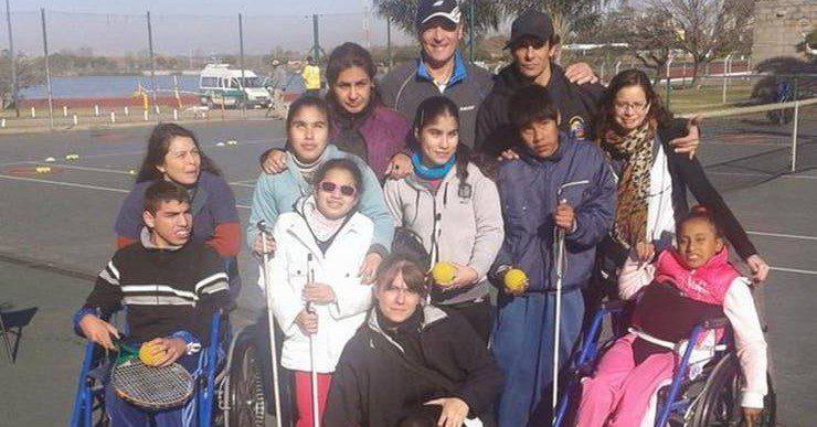 """José Luis Clerc: """"Una de las cosas que más me gustan es darle clases de tenis a los chicos con discapacidad"""""""