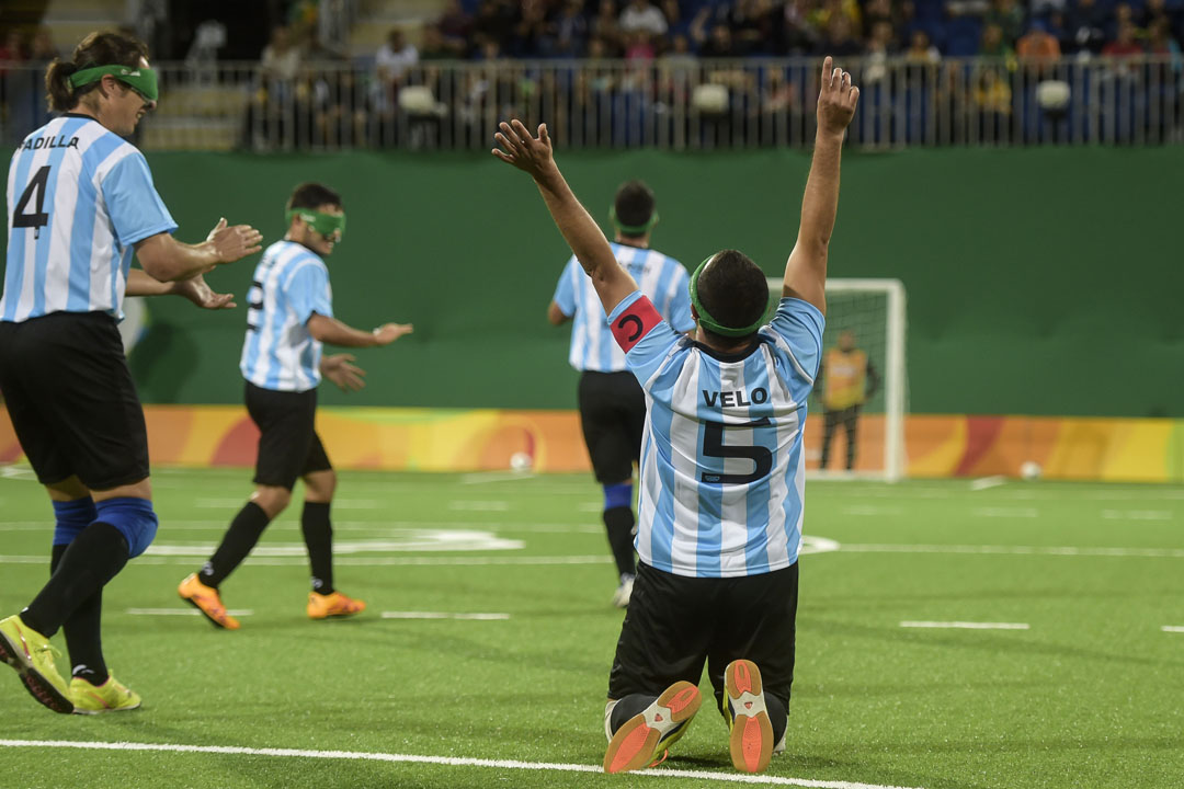 """Silvio Velo en Paradeportes Radio: """"A Maradona solo le agradecería por todo lo que le dio al fútbol"""""""