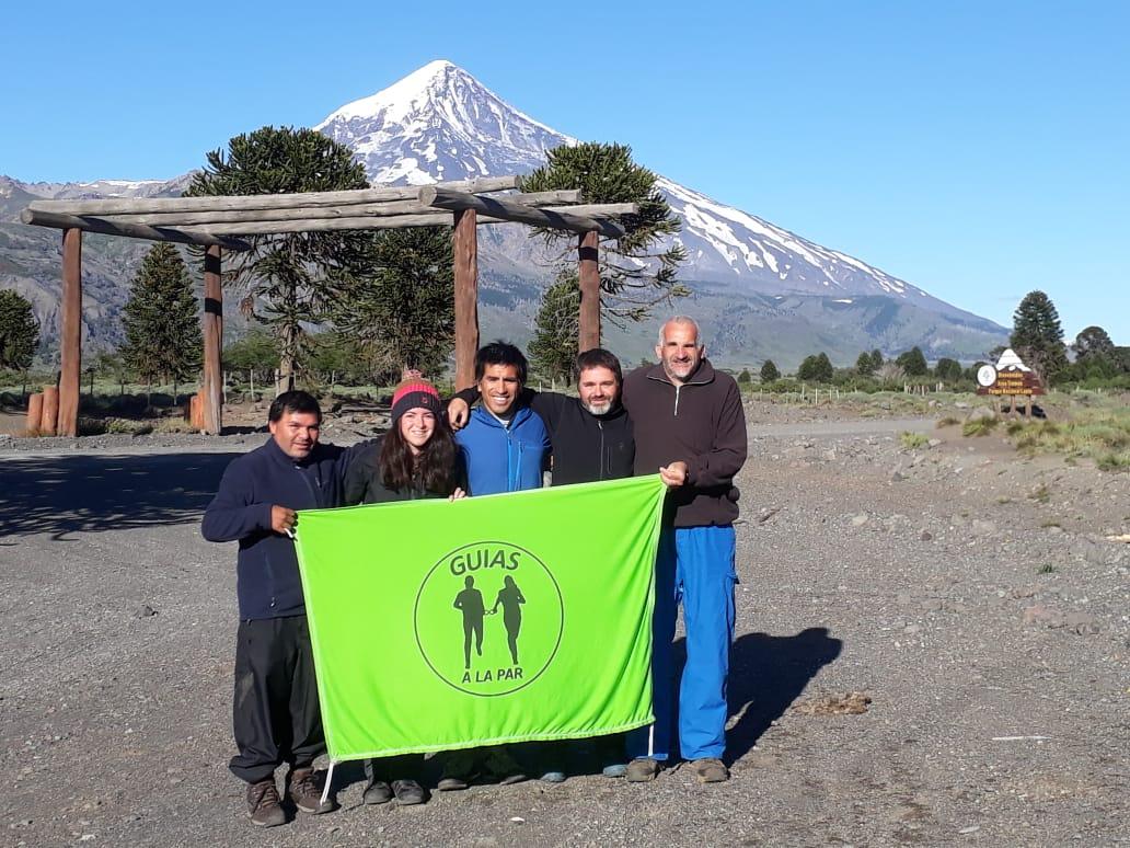 """Claudio Guiado, el deportista ciego que escaló en volcán Lanín: """"Lo voy a recordar toda la vida"""""""