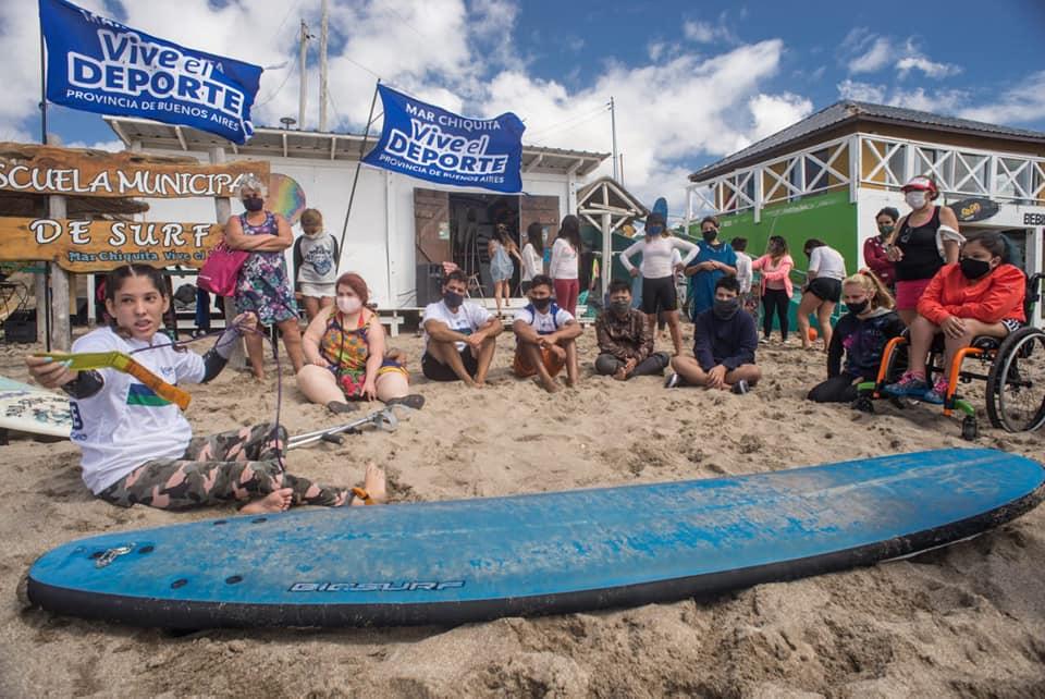 Mar Chiquita inauguró la 1ra. Escuela Municipal de surf adaptado de la Argentina a cargo de Georgina Melatini