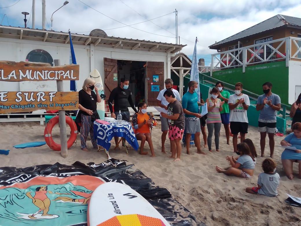 Surf adaptado: la escuela municipal de Mar Chiquita finalizó su primera temporada