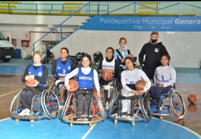 Básquet sobre silla de ruedas: Las Lobas, en Córdoba