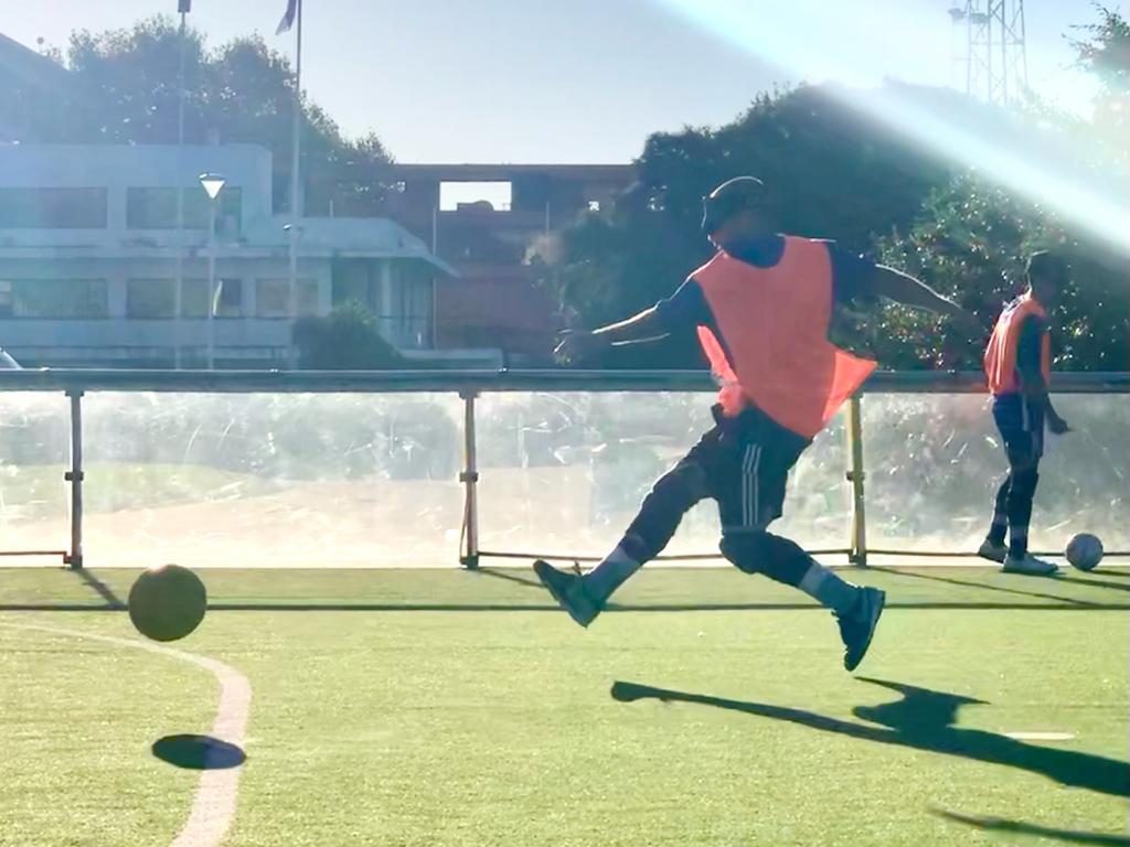 Fútbol para ciegos: comienza la escuela de Los Murcielaguitos