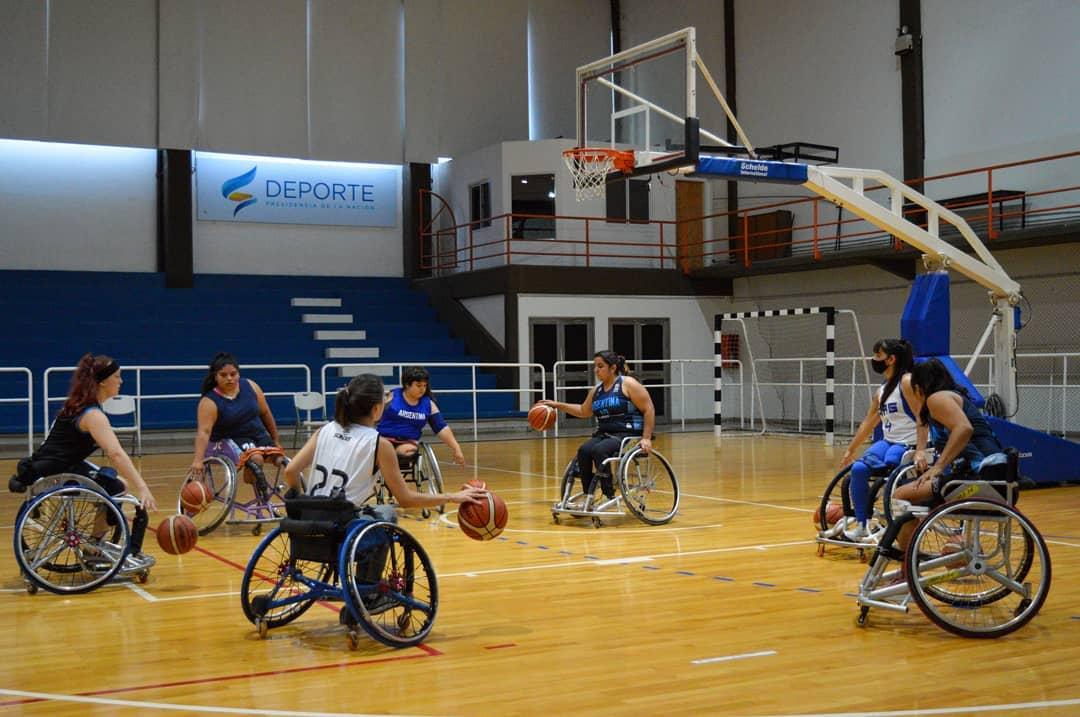 Básquet sobre silla de ruedas: Las Lobas y una nueva concentración