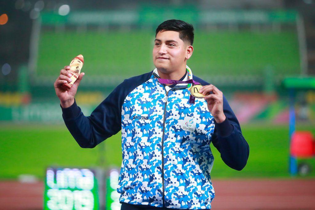 """Hernán Urra en Paradeportes Radio: """"Quiero pelear por la medalla dorada en Tokio"""""""